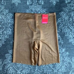 SPANX Skinny Britches Mid Thigh Short Naked 3.0 L